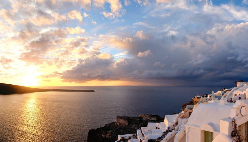 oia-sunset-santorini