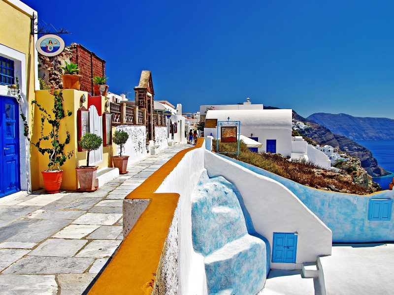 Discover Santorini Like a Local